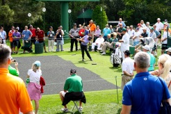 2015 Masters - Teeing Off
